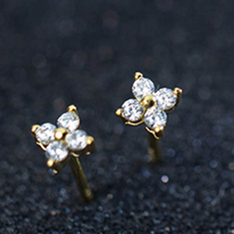 925 Sterling Silver Flower Shaped Stud Earring For Women Cubic Zirconia Daily-life Earring