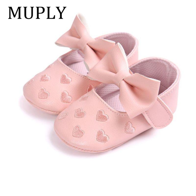 Детские мокасины из искусственной кожи для маленьких мальчиков и девочек; Moccs Shoes; Мягкая нескользящая обувь с бантом и бахромой; Обувь для кроватки 2