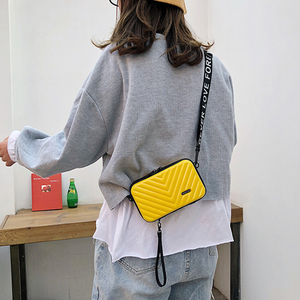 Image 4 - Luxury Hand Bags for Women New Suitcase Shape Totes Fashion Mini Luggage Bag Waterproof Wash Bag Mobile Phone Bag Mini Box Bag