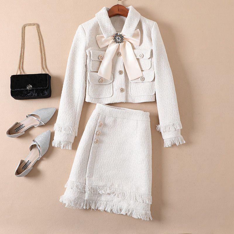 Lady Wool 2 Piece Set 2020 Winter Women Diamond Bow Gold Single Breasted Short Tweed Jacket Coat+Tassel Pencil Skirt Suit N9330