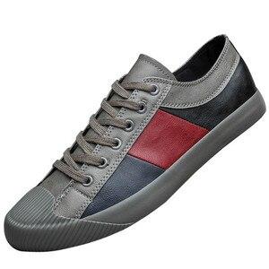 Image 1 - 2020 Nieuwe Herfst Mannen Casual Gevulkaniseerd Schoenen Britse Mode Mannen Pu Lederen Schoenen Ademend Sneakers Mannen Designer Flats