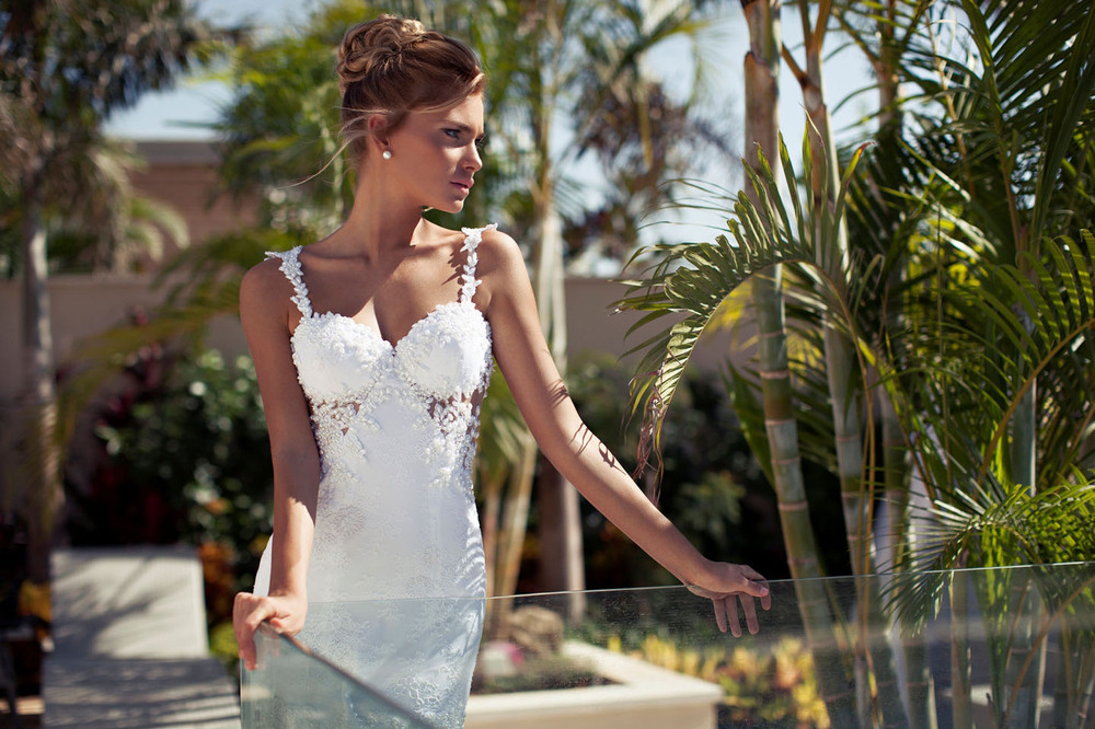 Free Shipping New Arrival Sexy Sweetheart Spaghetti Strap Pearl Lace Fitted A Line Wedding Dress Backless Vestido De Noiva
