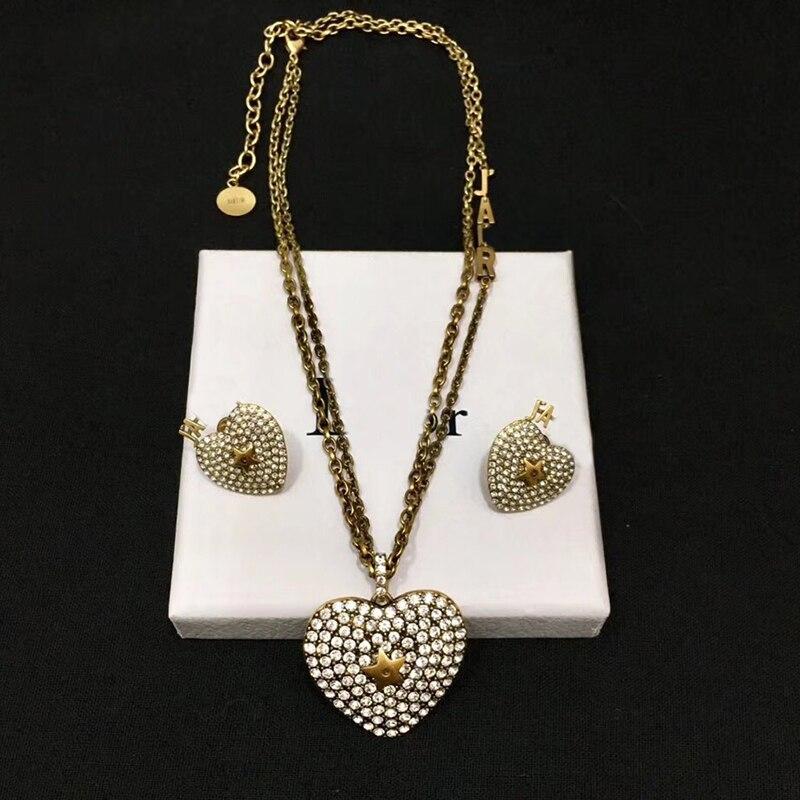 Cubique Zircon coeur forme oreille Stud collier deux pièces fête bijoux costume femmes