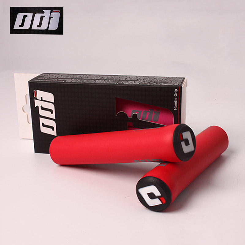 ODI 2pcs Bike Handlebar Grips MTB Silicone Handle Bar Grips Sets Soft Mountain Bicycle-grips End Plugs Cycling Accessories Parts