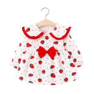 Nowonarodzone dziewczynek sukienka dla malucha dziewczyna 1 rok urodziny sukienki księżniczki drukuj truskawka sukienka dla dzieci odzież dla niemowląt