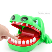 Creative Jokes Alligator Mouth Teeth Bite Toy Family Games Funny Crocodile Pulling Teeth Classic Biting Hand Finger Children Toy