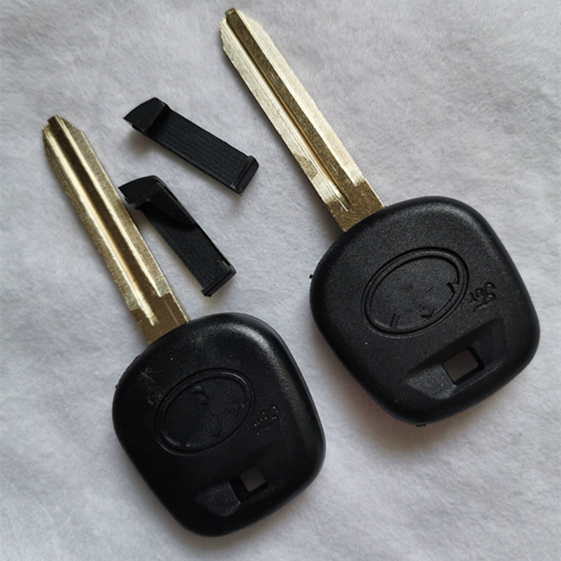DAKATU With Logo Blank Transponder Key Shell For Toyota Rav4 Prado Camry  Yaris Corolla Replacement Key Shell Toy43 Blade
