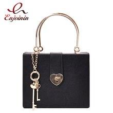 صندوق أسود تصميم على شكل قلب مشبك بولي Leather جلد المرأة حقيبة يد حقيبة كتف Crossbody حقيبة عادية موضة حفلة حمل حقيبة محفظة