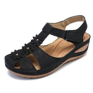 Image 2 - BEYARNEPlus size fashion flower summer sandals for women wedge beach shoes Woman Comfortable high heel shoes lightweight platfor