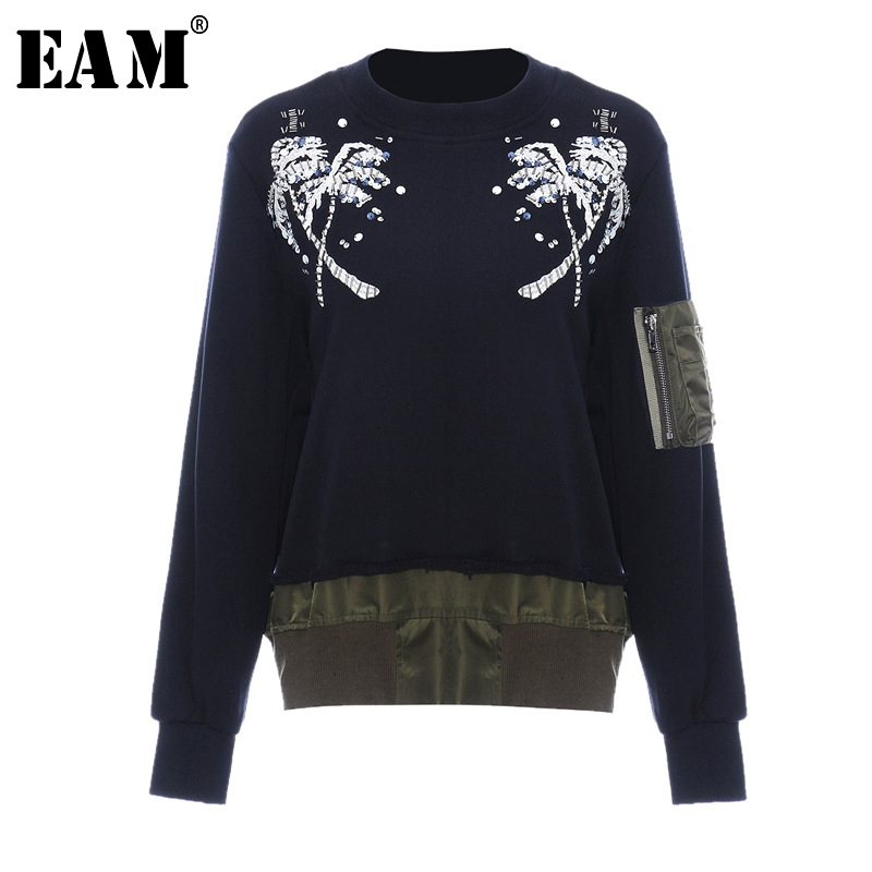 [EAM] Loose Fit Embroidery Nailed Big Size Sweatshirt New Round Neck Long Sleeve Women Big Size Fashion Tide Spring 2020 1M983
