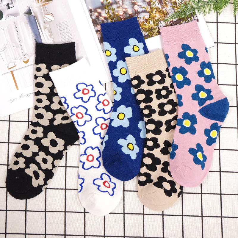2019 Streetwear Flower Socks Women Japanese Korean Style Fashion Web Celebrity Cute Socks For Ladies Autumn And Winter 373