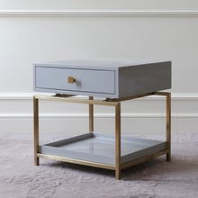 Светильник, роскошная тумбочка, дизайнерская модель, мебель для комнаты, железный шкаф с золотыми краями, с выдвижными ящиками, набор тумбочек