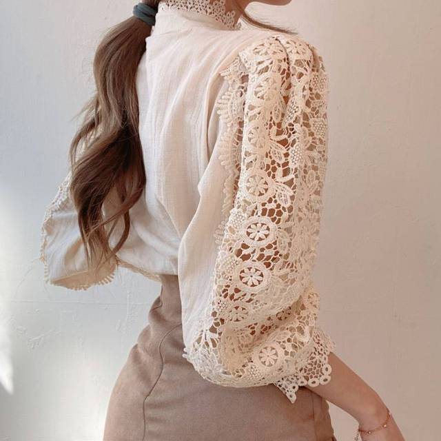 Gizmosy Chic Button Hollow Out Flower Lace Patchwork Shirt Stand Collar All-match Femme Blusas Petal Sleeve Women Blouses 3