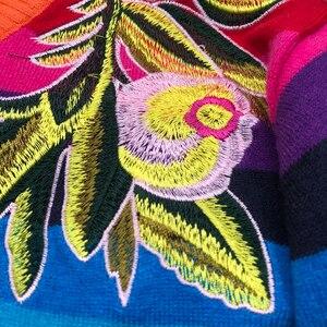 Image 4 - Женский жаккардовый джемпер в радужную полоску, с принтом тигра