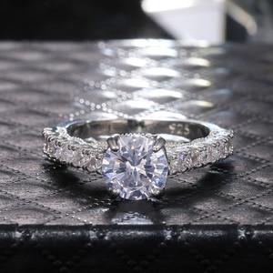 Image 5 - Huitan novo projetado clássico 4 garras zircônia cúbica de alta qualidade deslumbrante casamento casamento cerimônia feminino anel nobre jóias