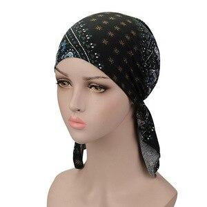 Image 2 - Muzułmańskie elastyczne kobiety bawełniany szalik Turban rak chemioterapia Chemo czapki czapki chusta na głowę nakrycia głowy na utrata włosów akcesoria