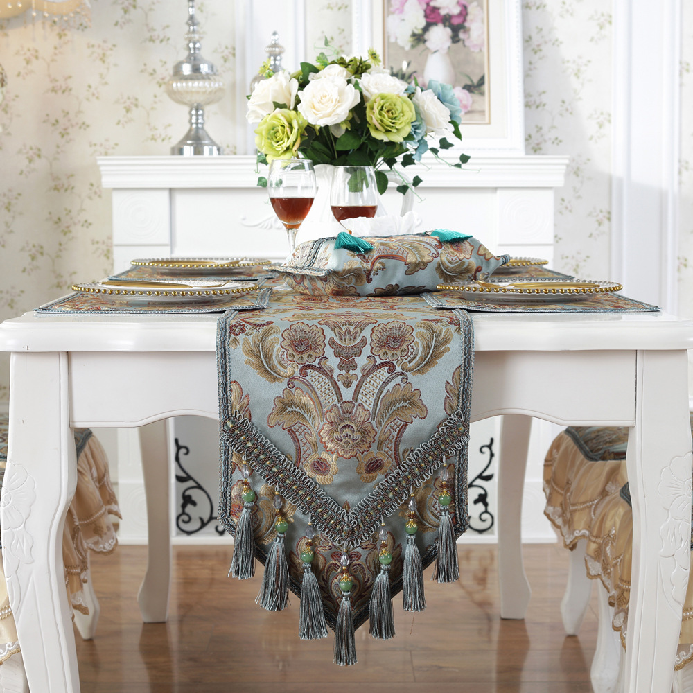 US European Style High  Quality Table Runner  Wholesale Embroider Sequin Table Runner For Wedding Hotel Dinner Party