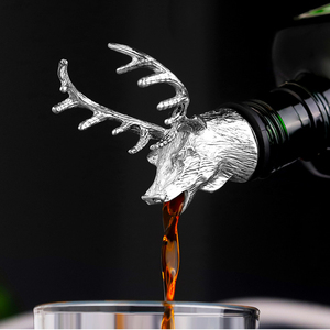 1Pcs Jagermeister Wine Pourer Zinc Alloy Deer Elk Lion Bull Head Wine Stopper Drinks Bar Tools Night Club Bar Accessories