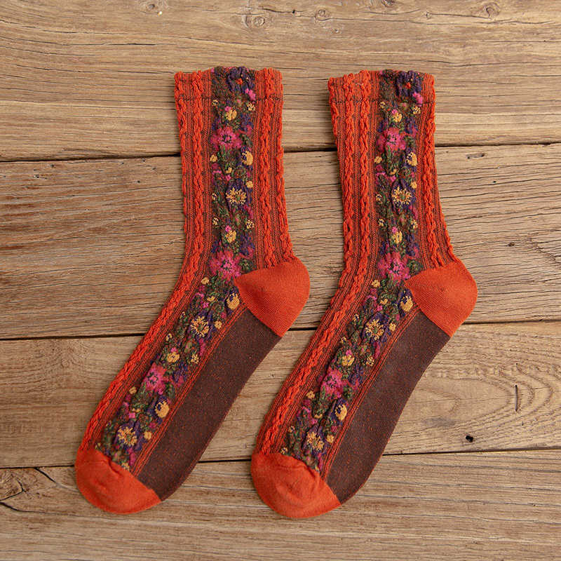 Autumn National Style Flower Embroidery Color Match Women Socks Harajuku Vintage Female Sweet Winter Warm Christmas Socks Gifts