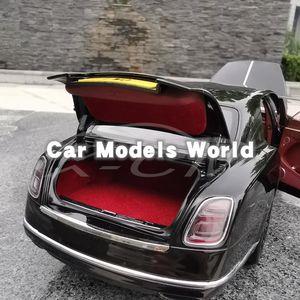 Image 5 - Литая модель автомобиля, почти настоящая Mu lsanne W.O. Издание Mulliner 1:18 + маленький подарок!