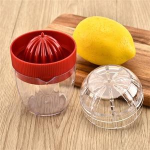 High Quality Mini Lemon Juicer Portable Handheld Lemon Orange Fruit Citrus Squeezer Easy Operation 100% Original Juice maker#w
