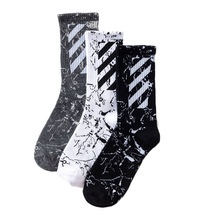 1 pair of funny high-quality mens cotton socks striped loose tube men hip-hop couple black white gray