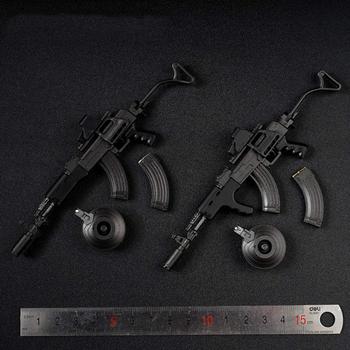 1 6 skala AK47 czarny taktyczny wersja broń Model montaż plastikowa broń dla 12 cali figurka DIY żołnierz zabawki tanie i dobre opinie SONGYI CN (pochodzenie) Unisex Jeden rozmiar Pierwsze wydanie 14 lat Akcesoria Zachodnia animiation Zapas rzeczy Wyroby gotowe