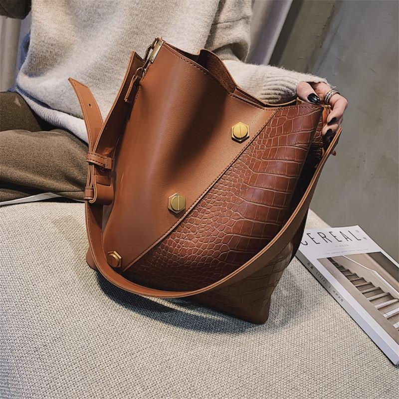 2020 New Women's Shoulder Bag Fashion Women's Bag Simple Large Capacity Bucket Bag Square Solid Color Messenger Bag Female Bag
