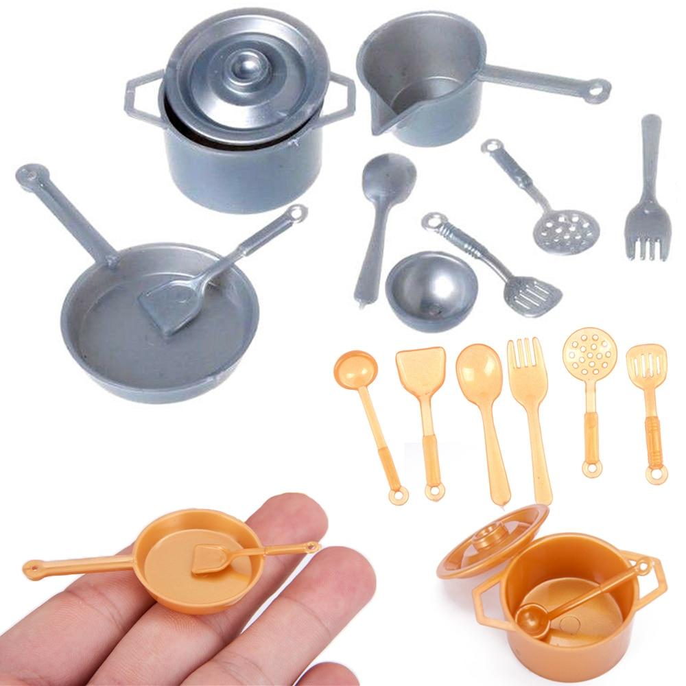 Accesorios de casa de muñecas conjunto de 4 Cacerolas De Metal
