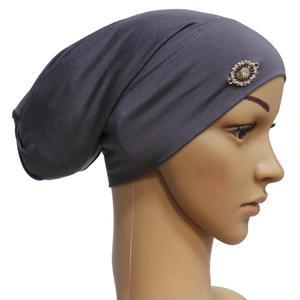 Image 4 - Rhinestone ภายใต้ผ้าพันคอผู้หญิงมุสลิม Bonnet Turban หมวกอิสลาม Headscarf อาหรับ Hijab หมวกหมวก Headwear Underscarf หมวก