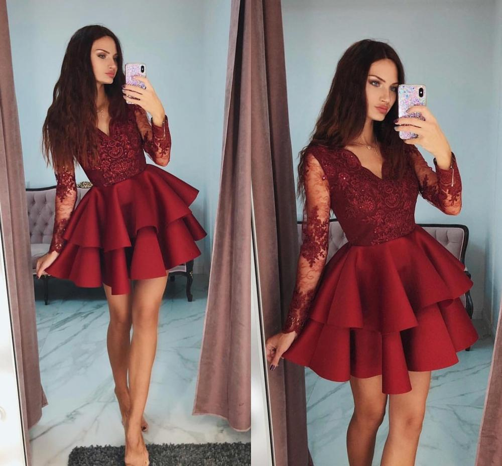 Red V Neck Homecoming Dresses Tiered Long Sleeve Beads Lace Applique Short Prom Dress Lovely Fashion Celebrity Cocktail Dress