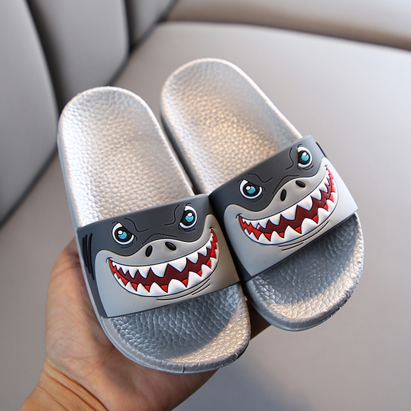 2020 New Summer Children Cartoon Shark Sandal Baby Boys Girl Slippers Kids Anti Skid Slippers Beach Shoes Kids Flip Flops Sweet