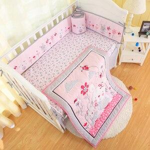 Bebê menina berço conjuntos de cama coelho rosa 7 peça 100% algodão rosa berço conjunto com pára-choques, folha de berço, consolador, folha de berço, plissado