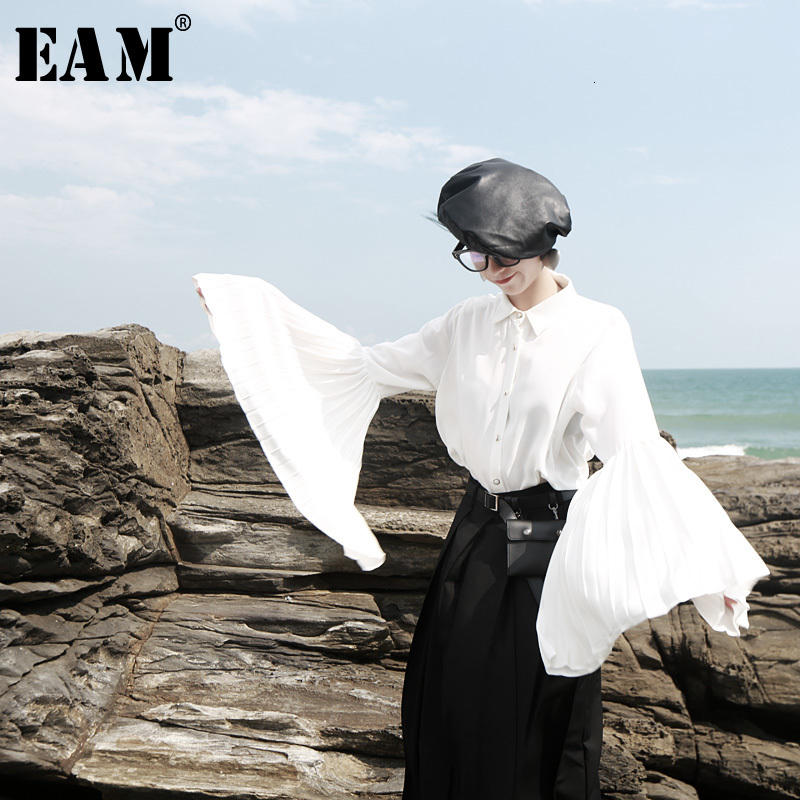 [EAM] Women White Pleated Split Joint Temperament Blouse New Lapel Long Sleeve Loose Fit Shirt Fashion Spring Autumn 2019 1H065
