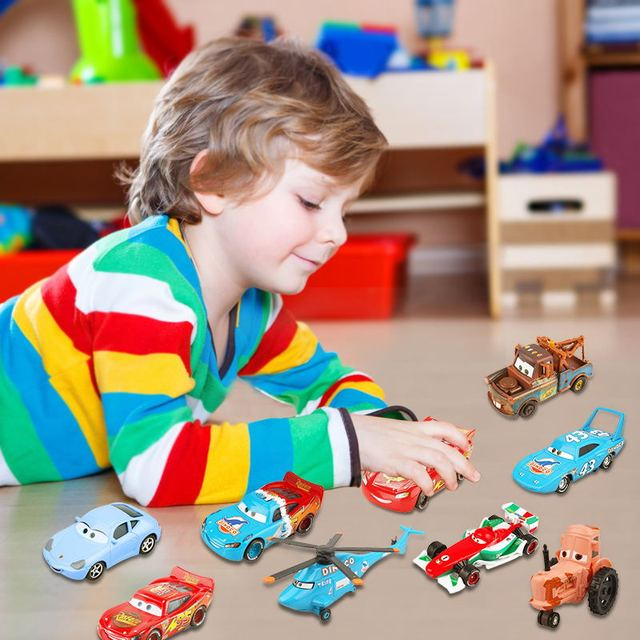 Disney Pixar Cars 2 3 Lightning McQueen Mater Jackson Storm Ramirez 155 Diecast Vehicle Metal Alloy Boy Kid Toys Christmas Gift