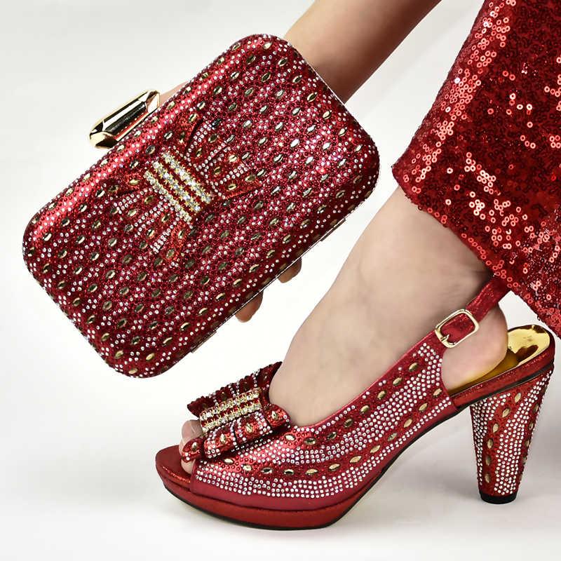 最新デザインゴールドカラーイタリアマッチングの靴とバッグはゴールド靴とバッグセット靴とバッグセットパーティーのために女性