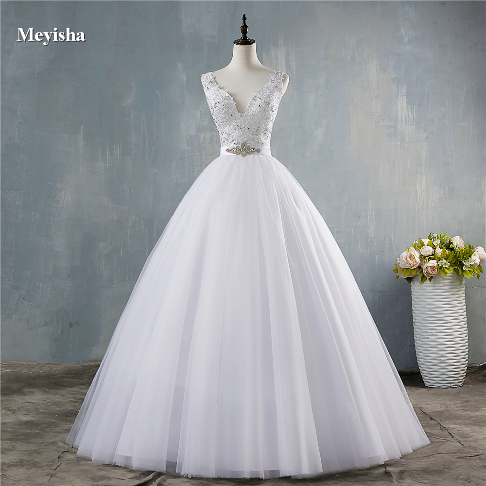 ZJ9172  2020 New V Neck White V Neck Vintage Wedding Dresses For Brides Dress Plus Size