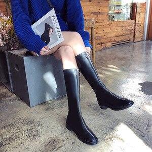 Image 2 - ファッションノベルティ女性ニーハイブーツ PU 低平方つま先秋冬ブーツ固体ジッパー女性の靴