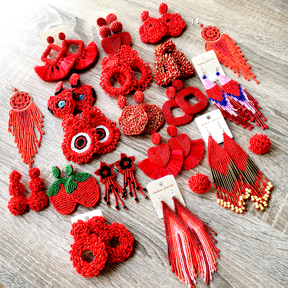 Valentine's Day Earring Bohemian Fashion Irregular Fringed Earrings Red Beaded Long Tassel Earrings Woman Dangle Boho Jewelry