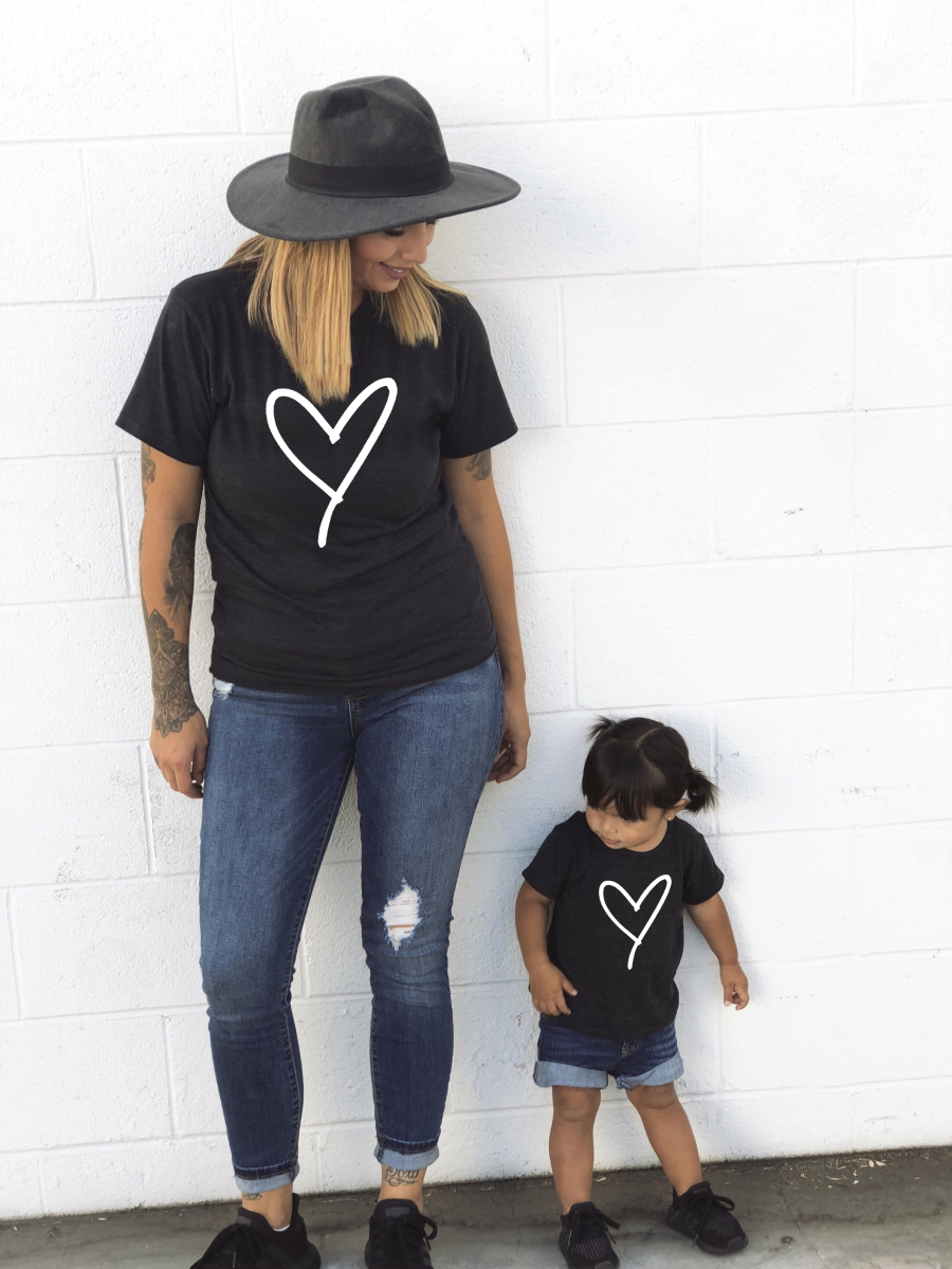 1pcs 1pcs Mommy And Me Heart Print Matching T Shirt Mom And Son Daughter Family Look Clothes Besties Mama And Kids Outfits