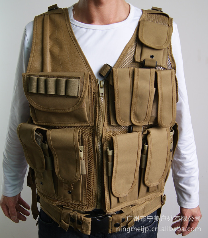 Tactical Vest Polic Multi-functional Combat Vest Black And White With Pattern CS Field Operations Equipment Waistcoat Outdoor Me