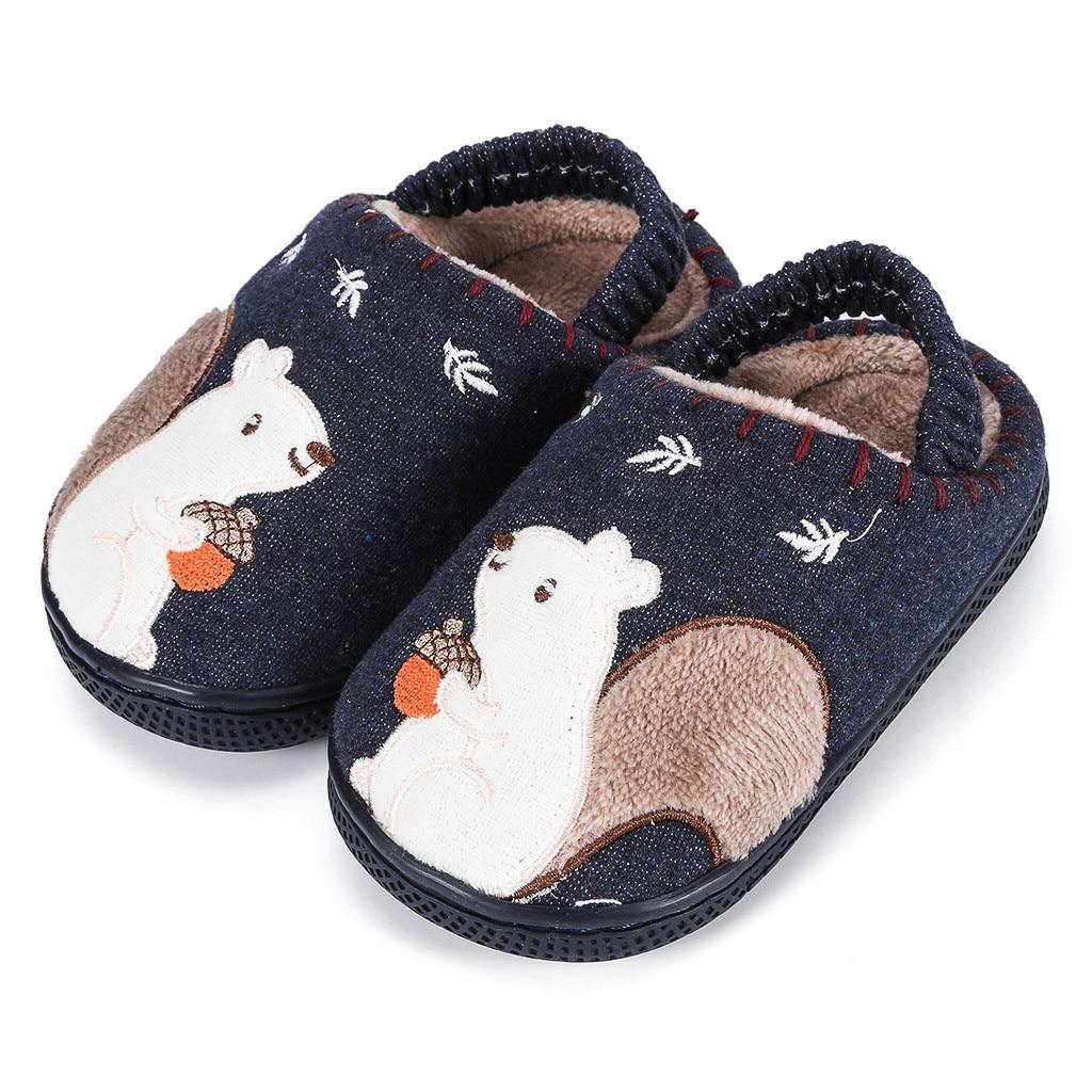Тапочки для маленьких мальчиков и девочек; зимняя теплая пушистая обувь для детей; милые домашние тапочки с животными; детская бархатная домашняя обувь - Цвет: Navy