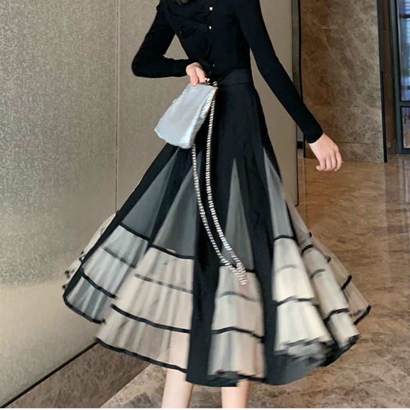 LANMREM 2020 New Spring Contrast Color Ruffled New Women's  Ruffles Mid-length Temperament Ball Gown Mesh Skirt PC305