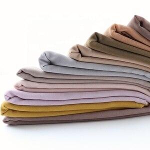 Image 5 - Мусульманский шарф, женский простой пузырьковый шифоновый хиджаб, шарф, мягкие длинные мусульманский головной платок, жоржетты, шарфы, хиджабы 50 цветов