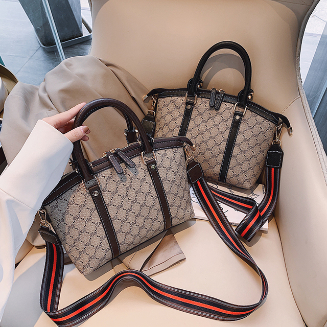 Vintage Letter Bags for Women Crossbody Tote Bag Luxury Handbags Women Shoulder Bags Ladies Shoulder Bag 2019 Famous Brands Sac
