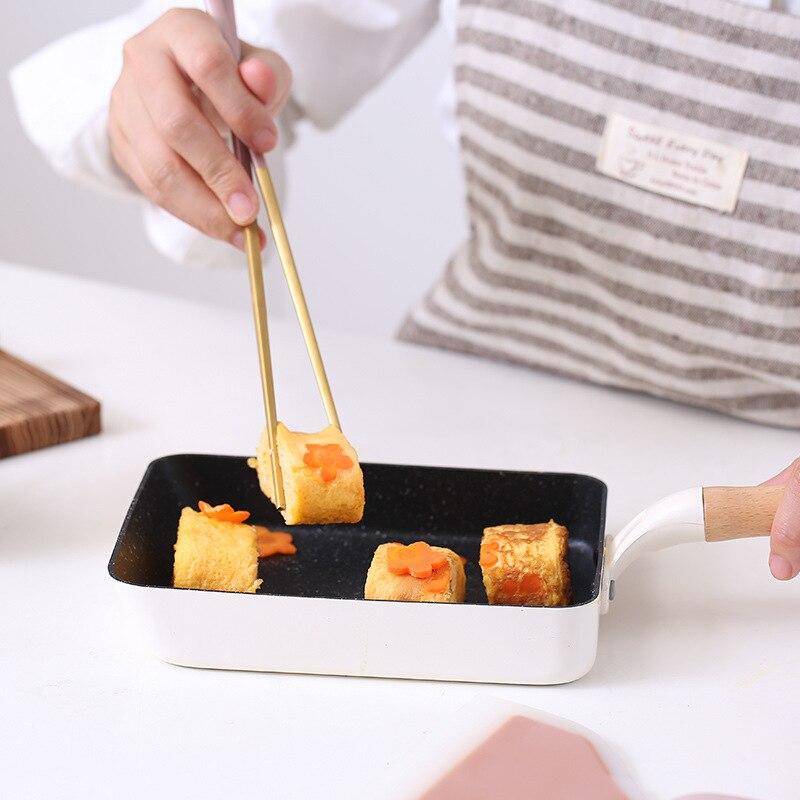 Poêle carrée japonaise pour tamagoyaki faite les meilleurs tamagoyaki