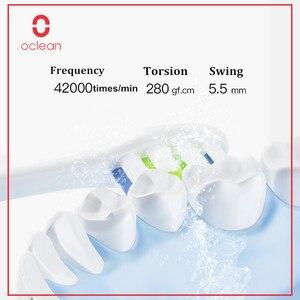 Image 2 - Oclean Een Elektrische Tandenborstel Set Met 2 Opzetborstels + 1 Muur Gemonteerde Houder App Controle Oplaadbare Tand Schoon voor Thuis