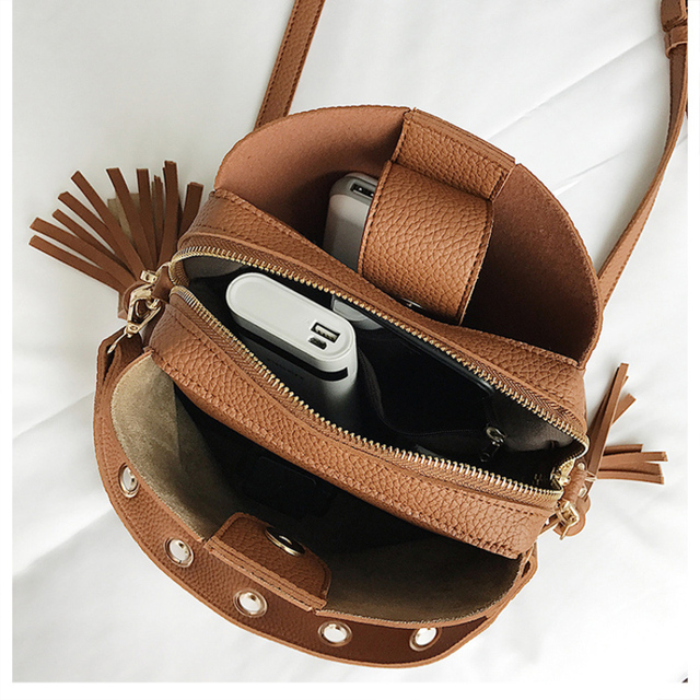 2019 New Fashion Scrub Women Bucket Bag Vintage Tassel Messenger Bag High Quality Retro Shoulder Bag Simple Crossbody Bag Tote 5