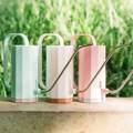 Поливочная банка для рота, практичный пластиковый распылитель для цветов, 1,2 л, ручка для садоводства, чайник для домашнего орошения
