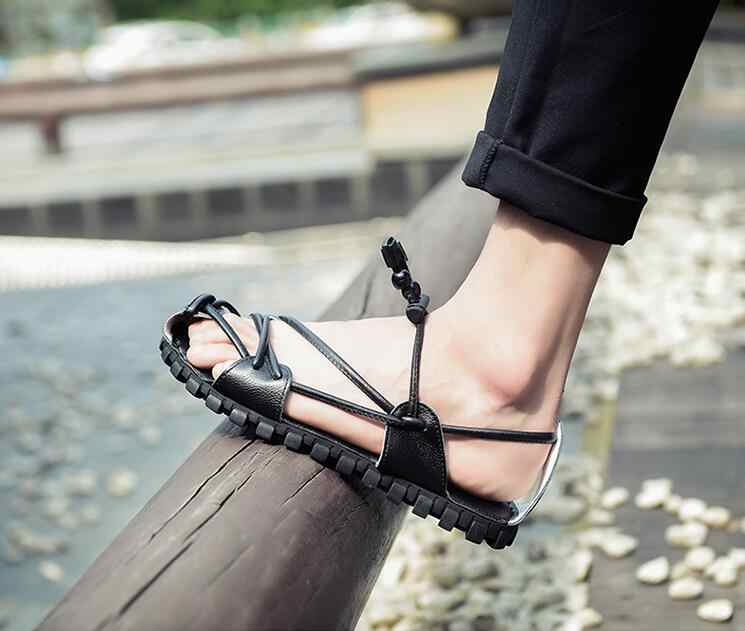 Nuovo di Vibrazione degli uomini di Cadute di Pistoni del Cuoio Genuino di Modo di Estate Sandali Da Spiaggia Scarpe Per Gli Uomini